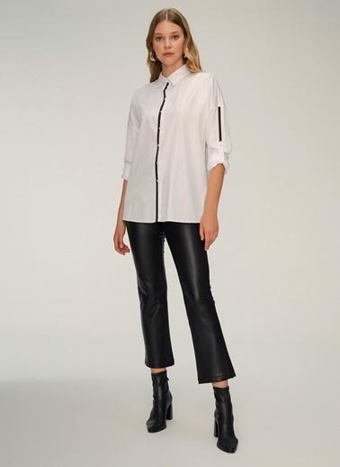 NGSTYLE Şerit Detaylı Rahat Gömlek Beyaz